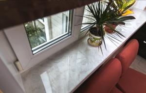 Steinfensterb nke fenster aus polen kraina okien - Dachfenster aus polen mit einbau ...